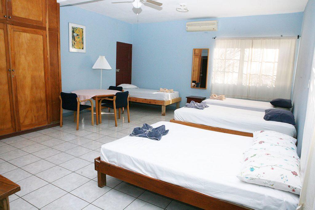 hotel-valerie-cuadruple-3